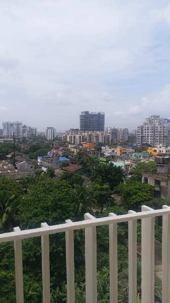 2 BHK Flats & Apartments for Rent in Tangra, Kolkata
