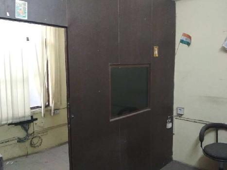 Office space in near Laxmi Nagar metro