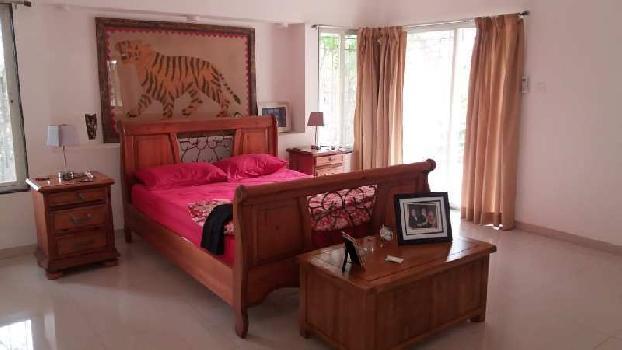 Furnished 5 bedroom Bungalow on rent in Rakshak Society