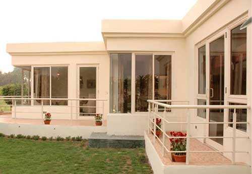 Luxurious Flats At Badarpur Near Metro Station