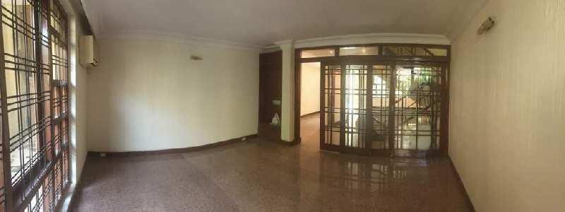 Flat on Aurangzeb Road available for Sale