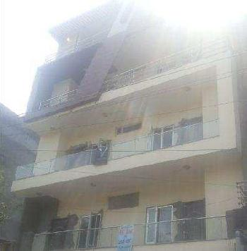 1800 Sq. Feet Office Space for Rent in Sector 8, West Delhi