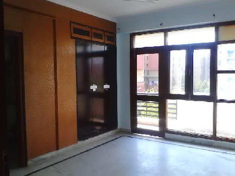 3 BHK Flats & Apartments for Rent in Sector 6, Dwarka, Delhi