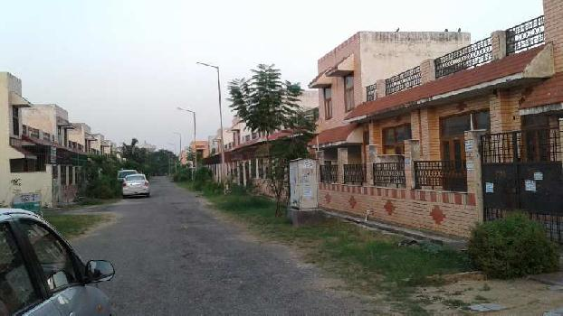 1 BHK Independent House/Villa For Sale In Sector-36 Gr Noida