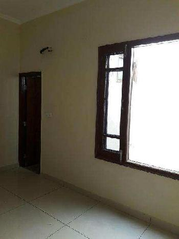 4 BHK Flat for sale at Gurgaon Sec 82A