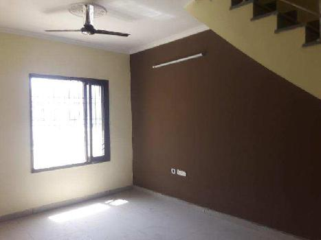 3 BHK Flat for sale at Gurgoan