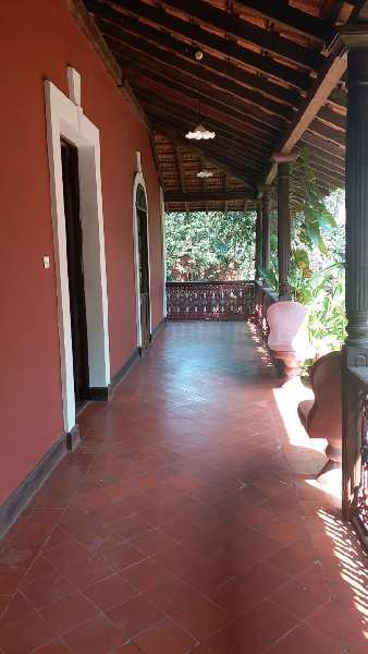 Portughuese House for Lease in Sucorro