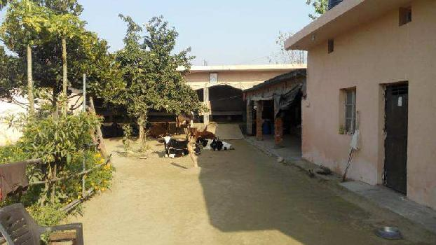 ASHRAM  for sale Near Ganga ji