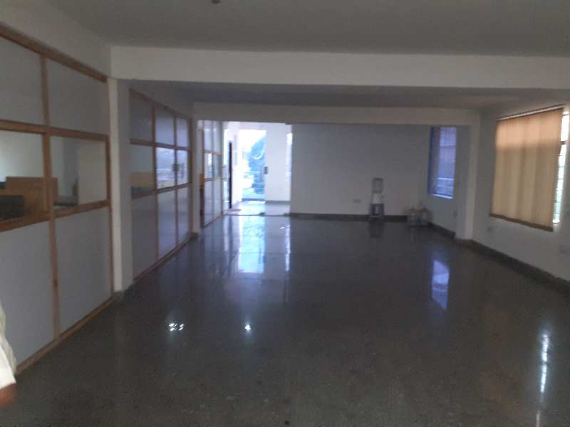 500 Sq. Meter Warehouse/Godown for Rent in Sector 33, Gurgaon