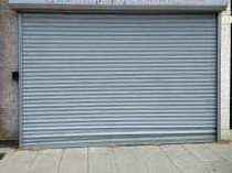 300 ft shop available for Rent on Maruti kunj road
