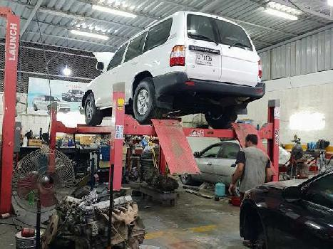 Car-workshop permices for rent in sector-14 Gurgaon