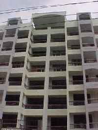 3 BHK Flats & Apartments for Sale in Khalasi Lines, Kanpur