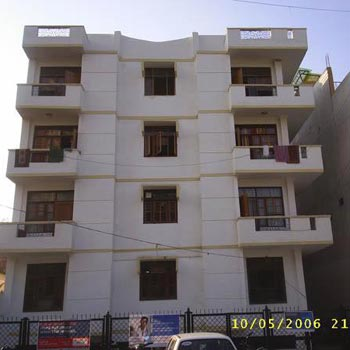 3 BHK Flats & Apartments for Rent in Naramau, Kanpur
