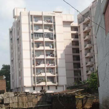 4 BHK Flats & Apartments for Sale in Civil Lines, Kanpur