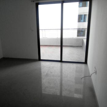 200 Sq. Yards Office Space for Sale in Kaushalpuri, Kanpur