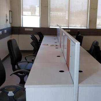 375 Sq.ft. Office Space for Sale in Mall Road, Kanpur