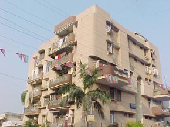 3 BHK Flats & Apartments for Rent in Azad Nagar, Kanpur