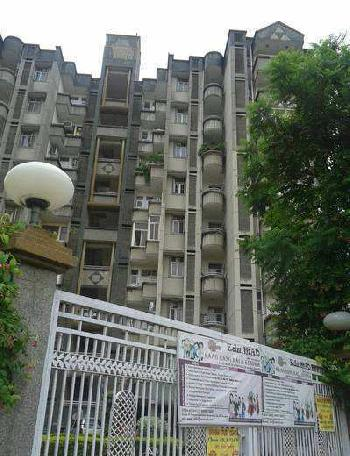 3 BHK Flat for Rent in Sushant Lok