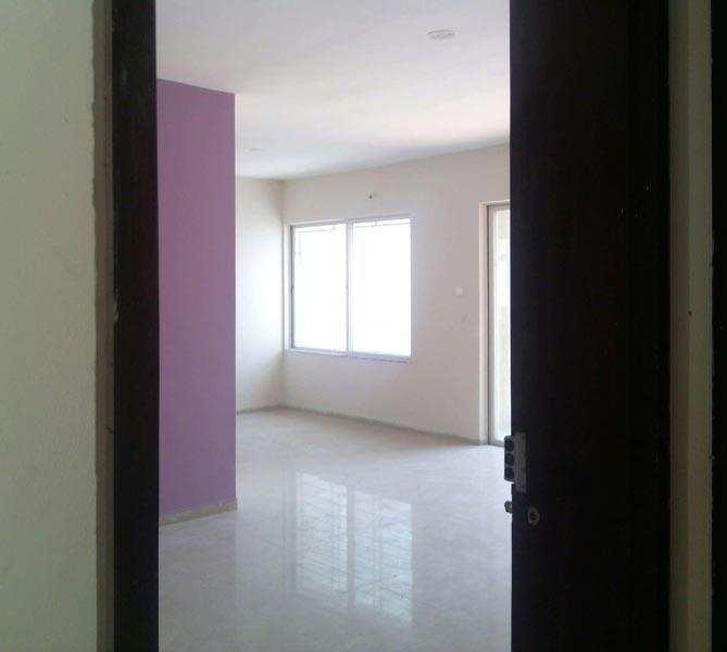for Sale 3bhk Flats & Apartments Motia Khan in Central Delhi