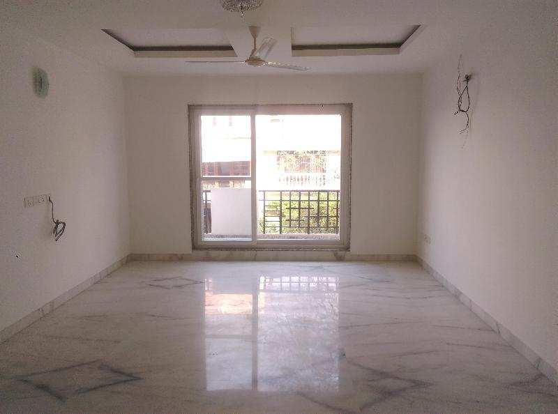 West Delhi Floor hi Floor Available Ready to move
