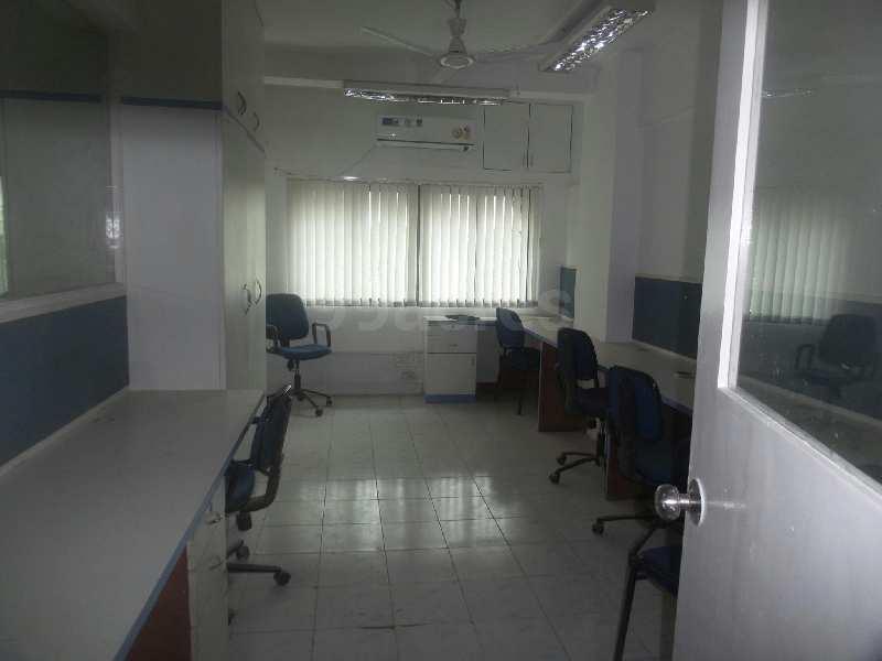 Showroom For Rent in Jammu Road