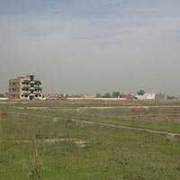 Free Hold Plot for Sale Near Lal Kuan Nh-24