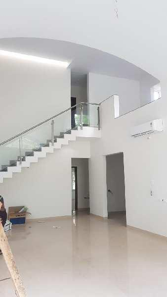 Laxurious Banglow 4.5 Bhk for Sale at NIBM Rd