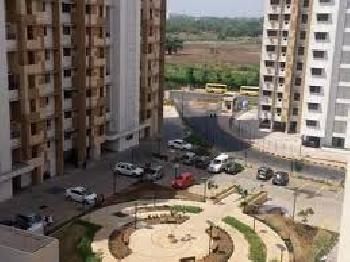 2 BHK Apartment for sale in Thane