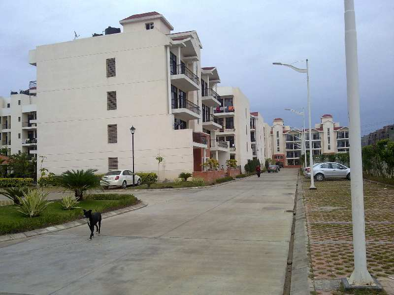 3BHK Queenston Homes with Ultra Luxuries