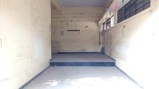 Commercial shop for rent in Wai