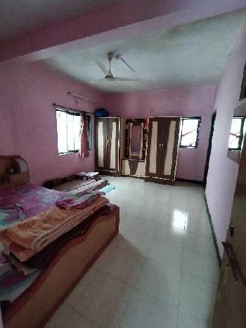Bunglow for sell in wai