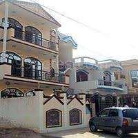1st Floor House 2 BHK, for Rent 2 Bath Sector 52 Noida