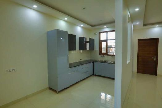 REady to move 3bhk flat for sale in zirakpur Vip Road