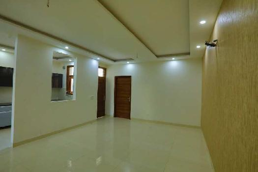 Ready to move 3Bhk flat for sale on vip road Zirakpur