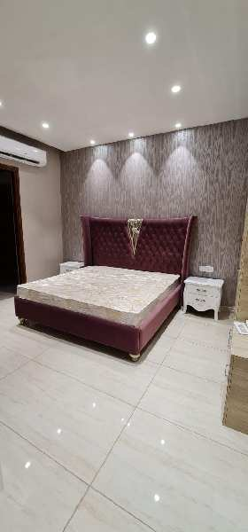 Ready to move 3bedroom flat for sale on patiala road in Zirakpur