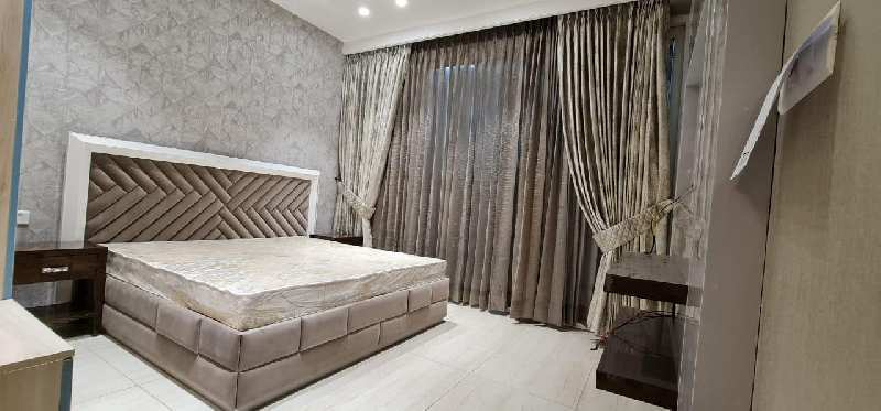 Ready to move 3bhk flat for sale on Patiala road in Zirakpur