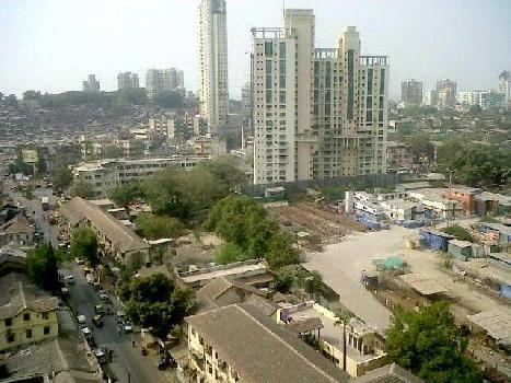 Residential 1 BHK flat for sharing at worli only for Male