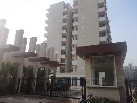SPACIOUS 2 BHK FLAT ON VIP ROAD ZIRAKPUR