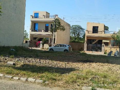 DREAM HOUSE IN LAND AT PEACEFUL LOCATION