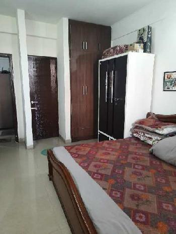 THREE SIDE OPEN FLAT WITH INDEPENDENT TERRACE ON VIP ROAD ZIRAKPUR