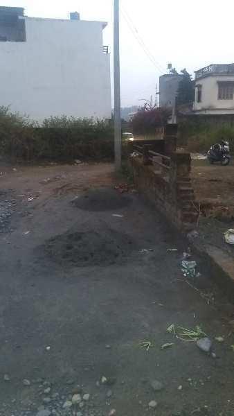 900gaz plot in Shankerpur kanchiwala Road