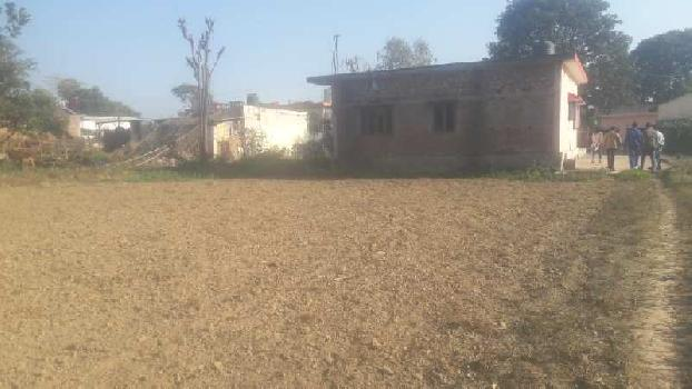 900gaz plot in Shankerpur kanchiwala Road