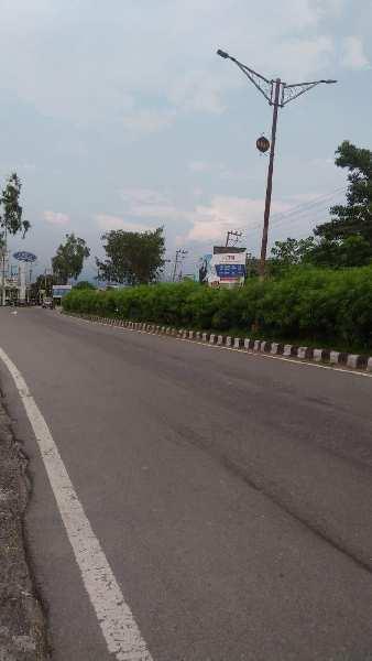 On main highway plot of 6084 sq.ft in shimla road