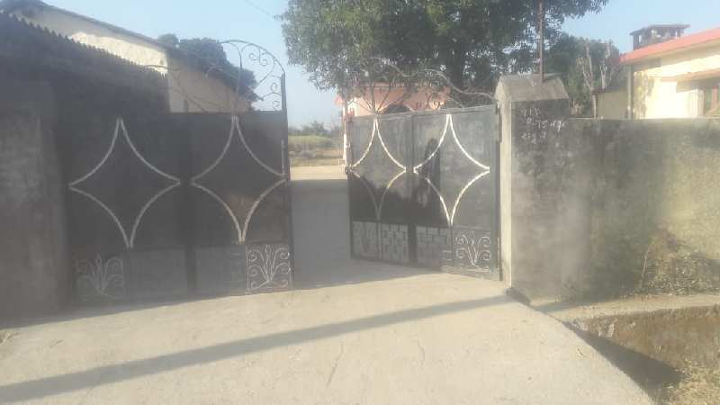 200gaz plot for sale in kanchiwala, Shankerpur