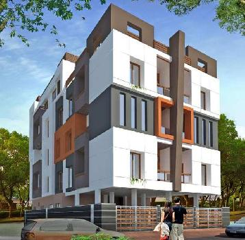 Pent Floor Flat in Khandwa Road