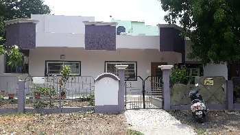 Luxurious villa for sale at Bhawarkuan, Indore