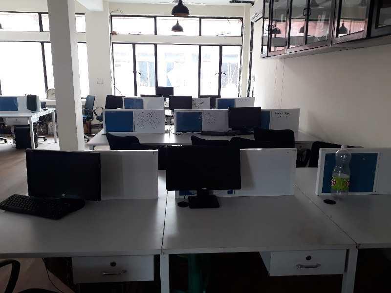 Commercial Office Space 1000sqft for Rent in Saket