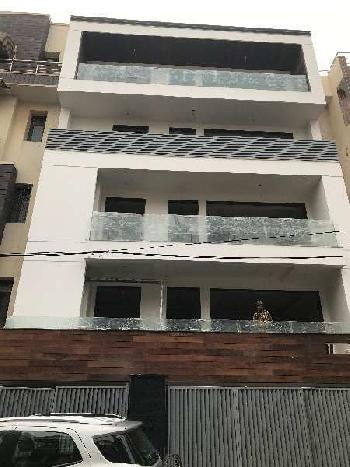 Builder floor 4BHK with Lift for sale in Saket D Block