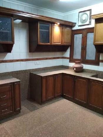 4BHK Builder floor for Rent in Panchsheel Park South Delhi