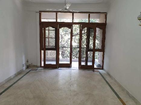 3BHK 300Yard Independent Builder floor for Rent in Panchsheel Park South Delhi